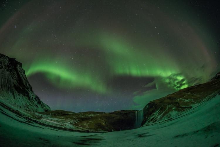 Aurora Borealis bij Skógafoss