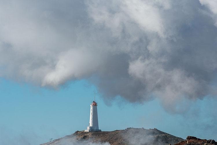 De vuurtoren Reykjanesviti