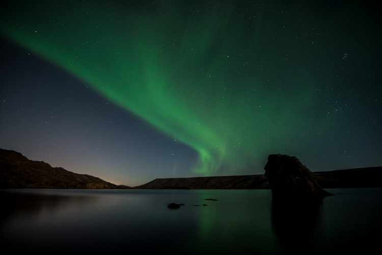 Noorderlicht boven Kleifarvatn