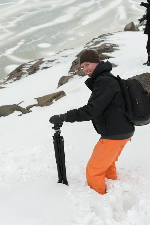 Kniediep in de sneeuw